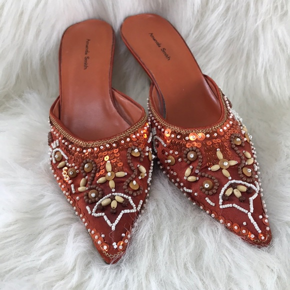 f7f217ce44a77a Amanda Smith Shoes - Amanda Smith orange beaded kitten heels. Size 9